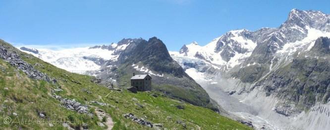 18 Bricola hut