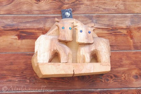 16-wooden-cows