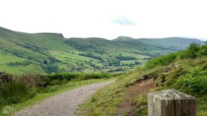 11 Edale valley