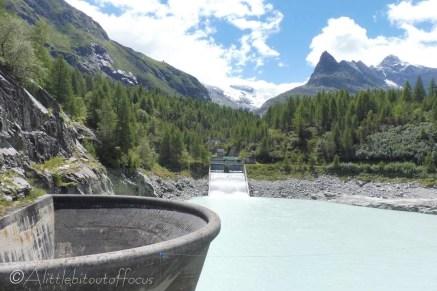 1 Reservoir overflow