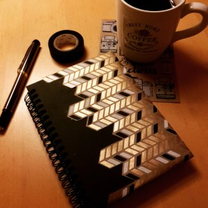 DIY Friday – Unique notebooks for bookworms and stationery-lovers. Creating a black and gold notebook - finished