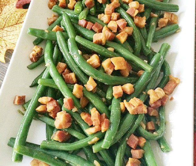 Balsamic Green Beans With Pancetta Easy And Delicious Thanksgiving Side Dishes