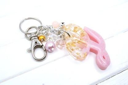resin initial letter keychain