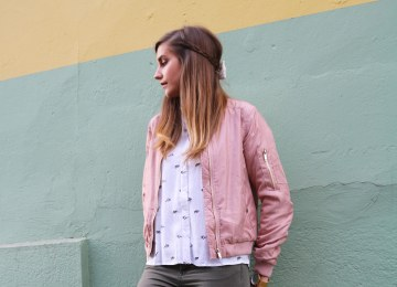 Look mode casual bomber rose