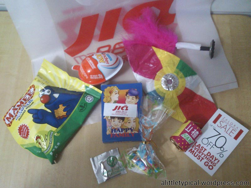 what-is-in-the-goodie-bag |alittletypical.wordpress.com