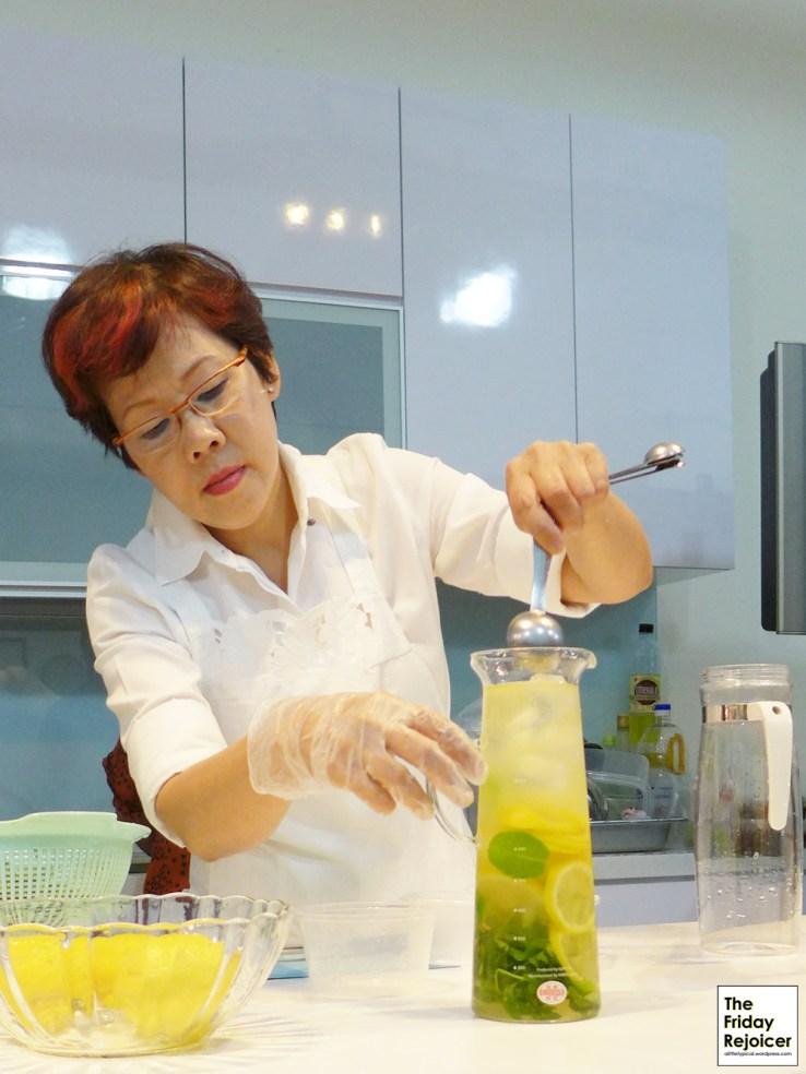 Our dessert drink, Ice Honey Peppermint Lemon Cooler