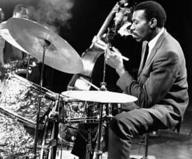 BW-jazz-drummer