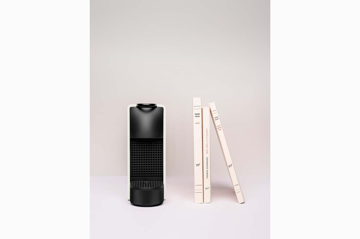 Nespresso lança a sua máquina mais pequena, a Essenza Mini