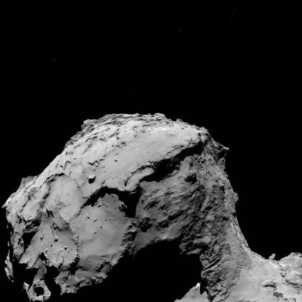 Rosetta OSIRIS da 15.5 km