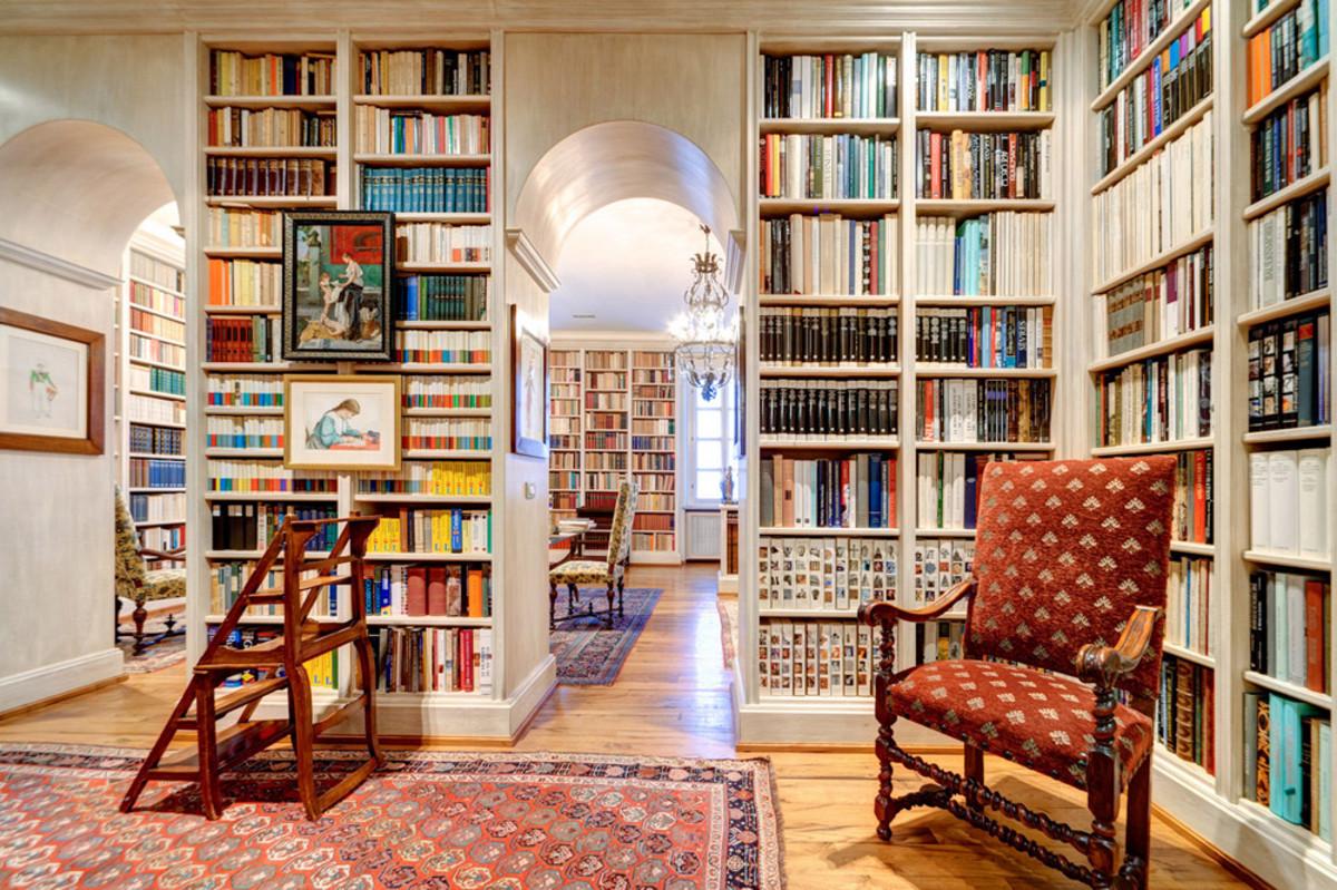 Comment Faire De La Place Dans Sa Bibliotheque A Livre Ouvert