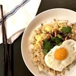 """Paleo Teriyaki Mushroom Egg Fried """"Rice"""" Bowls"""
