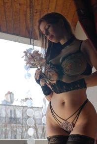 Alixia's_Flowers_05