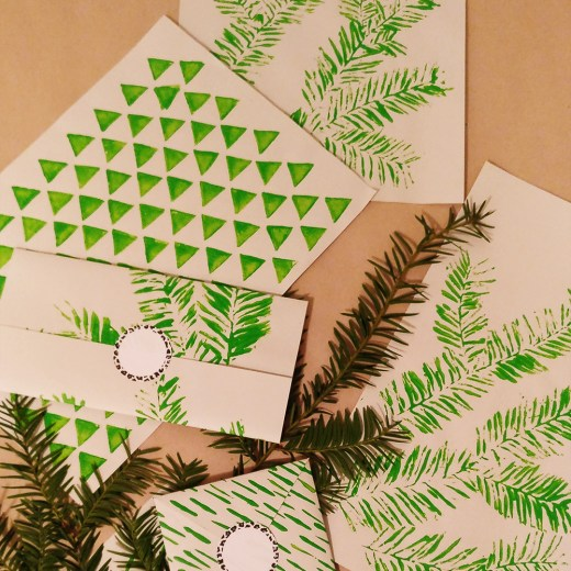 DIY Christmas gift wrapping paper ideas - with free printables | Aliz's Wonderland
