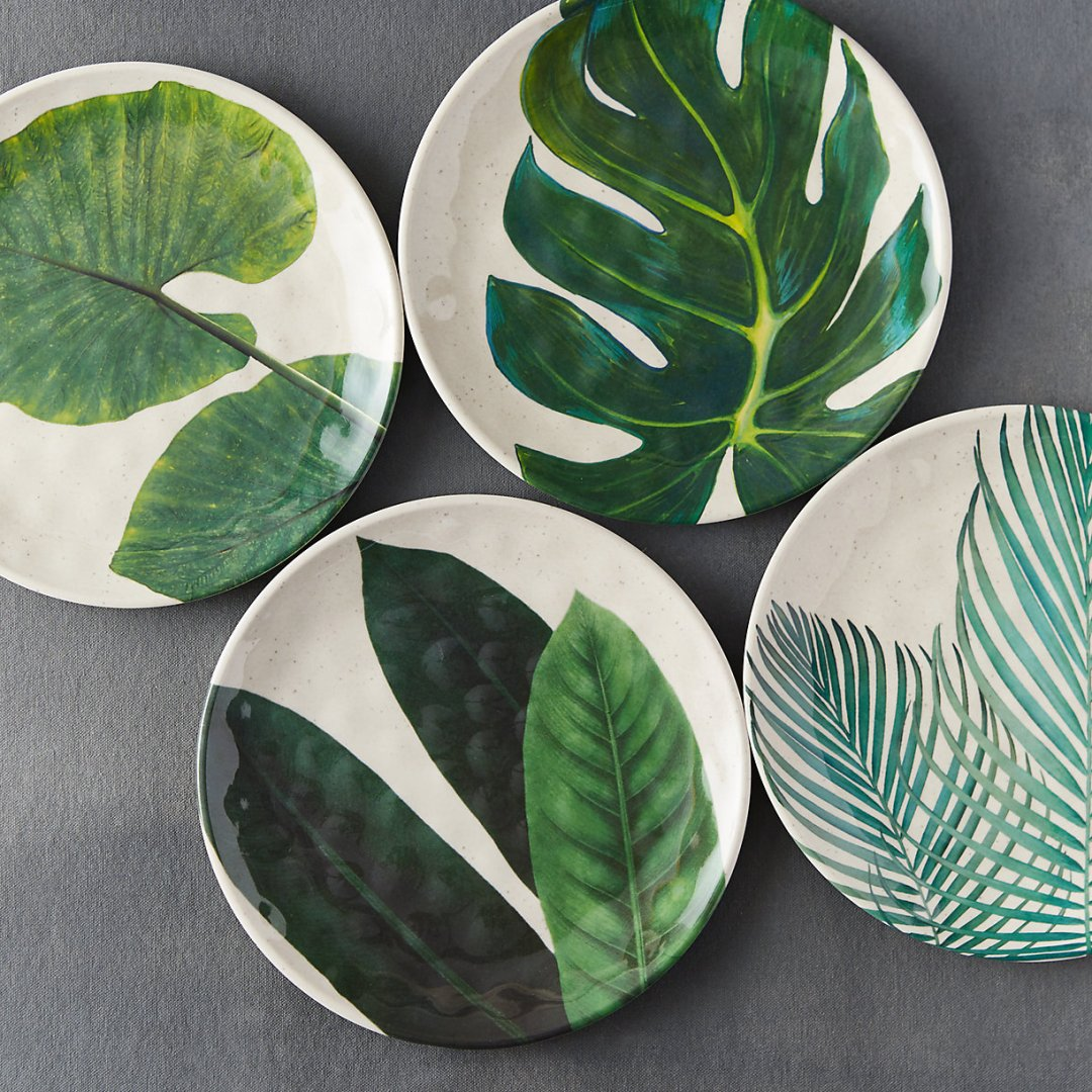 Bamboo melamine plates with leafy graphic print- Tropical kitchen - Transform your home into a tropical paradise | Aliz's Wonderland