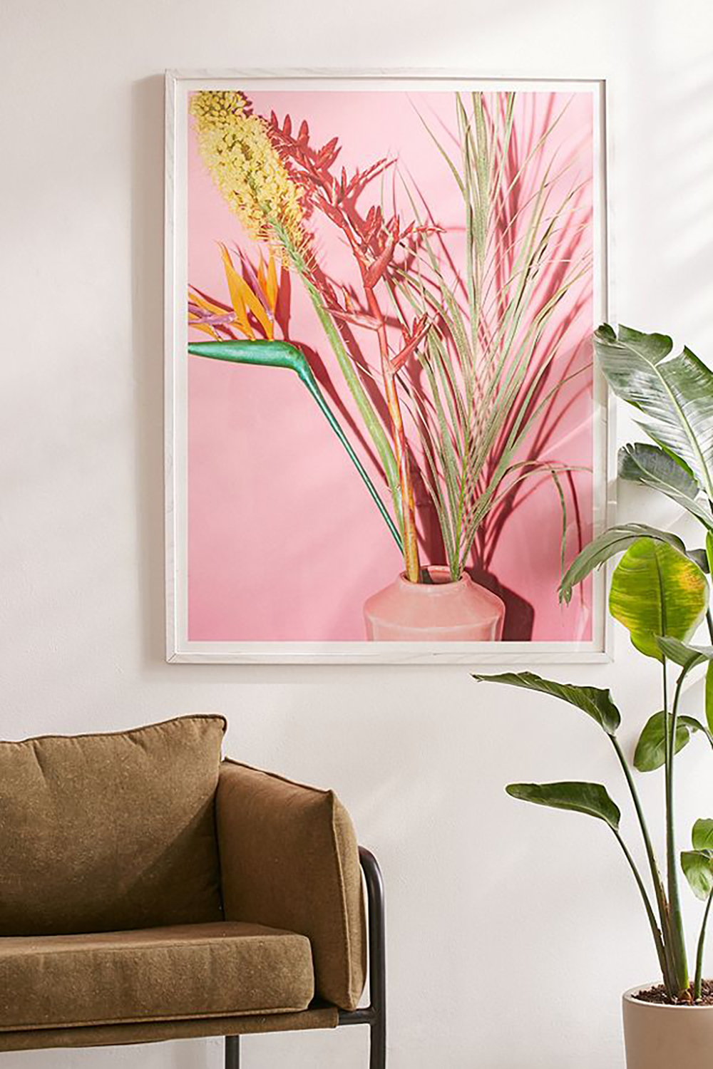 Tropical plants art print by Kimberley Dhollande - Paintings, prints inspired by jungle - Transform your home into a tropical paradise | Aliz's Wonderland