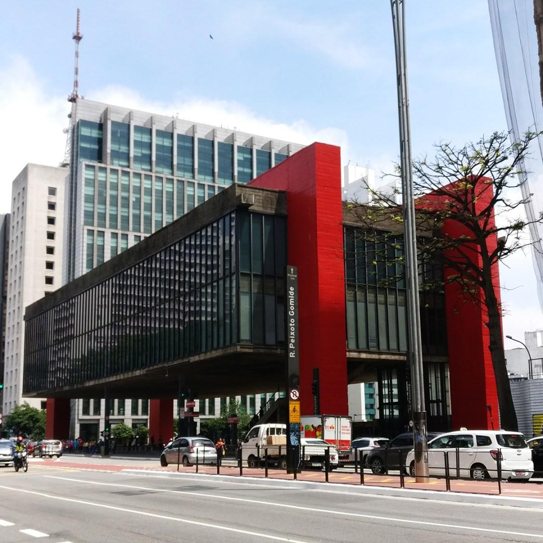 MASP (Museu de Arte de São Paulo) on Avenida Paulista, São Paulo - 10 things to do and see in São Paulo | Aliz's Wonderland