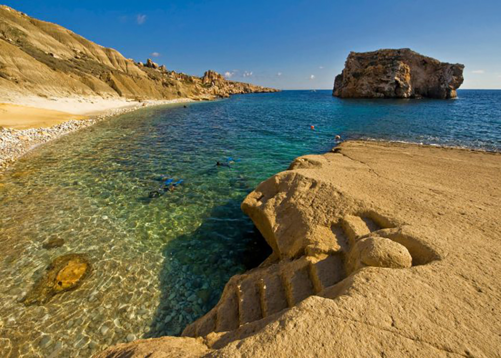 Hondoq Ir Rummien beach in Gozo - Best beaches in Malta | Aliz's Wonderland
