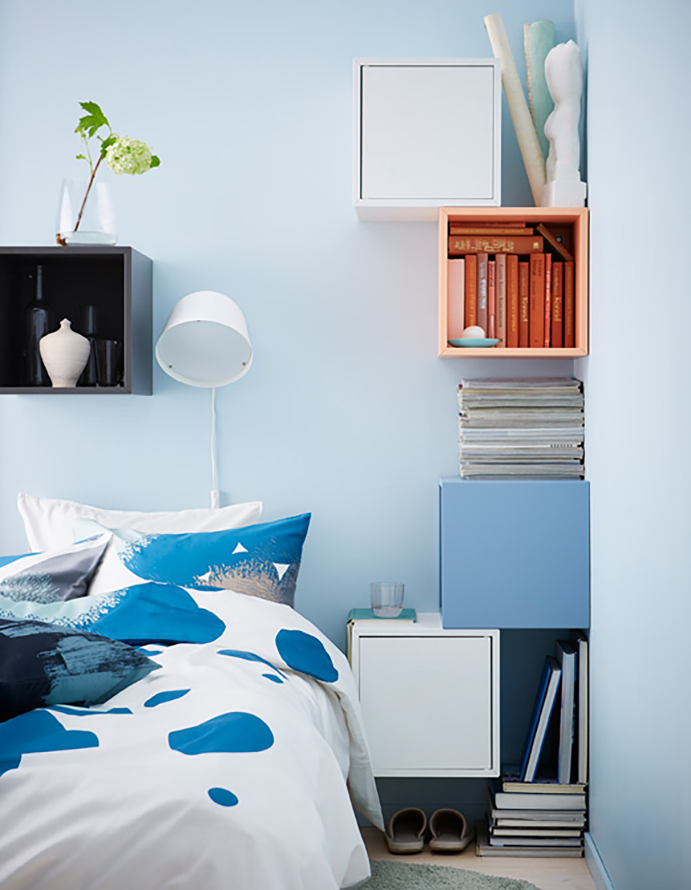 Bright blue bedroom with white, blue and peach IKEA shelves - 35 ideas for blue wall colour in home decoration | Aliz's Wonderland