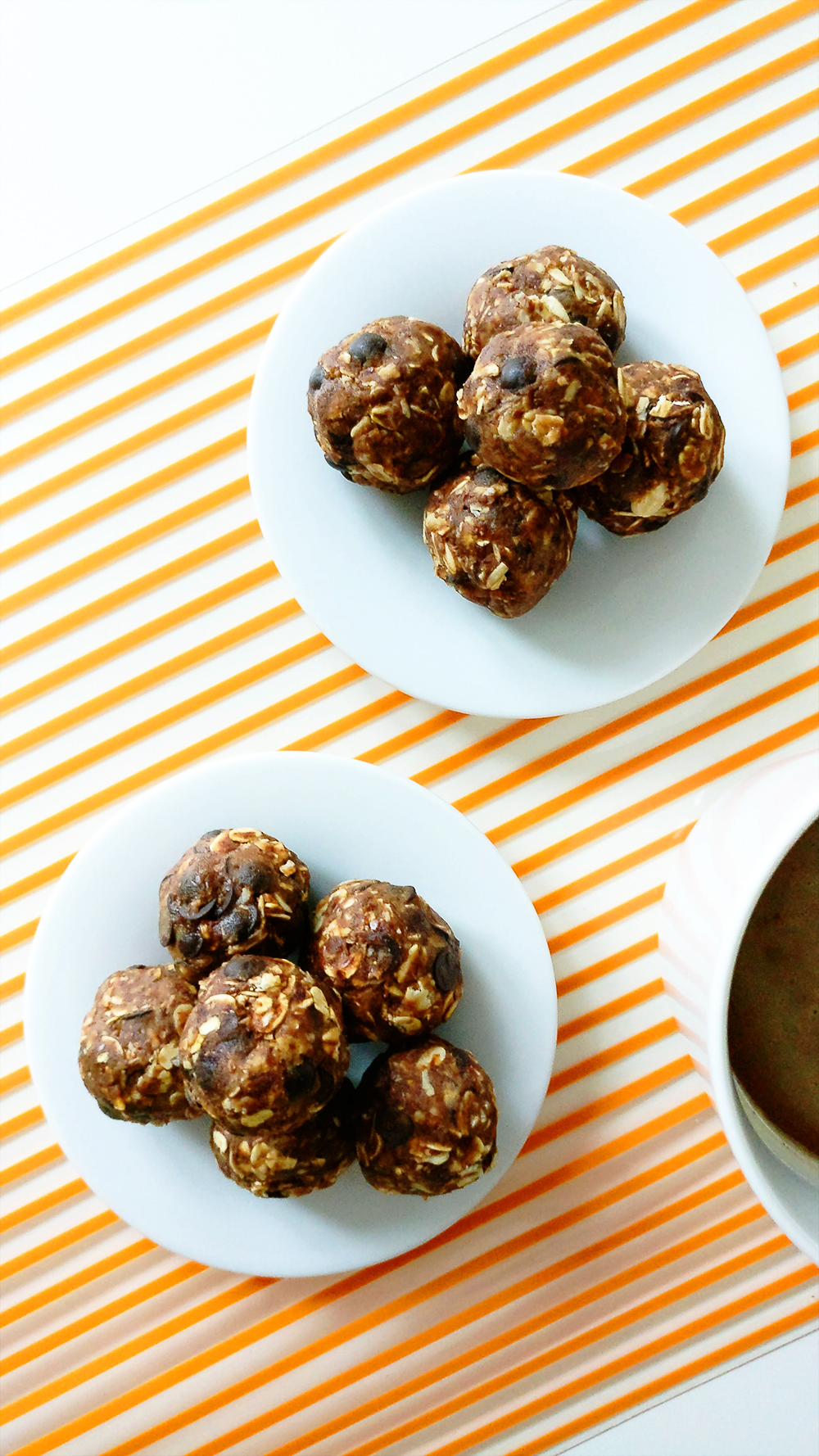 Peanut butter chocolate energy bites with oats | Aliz's Wonderland #energybite #snack #peanutbutter