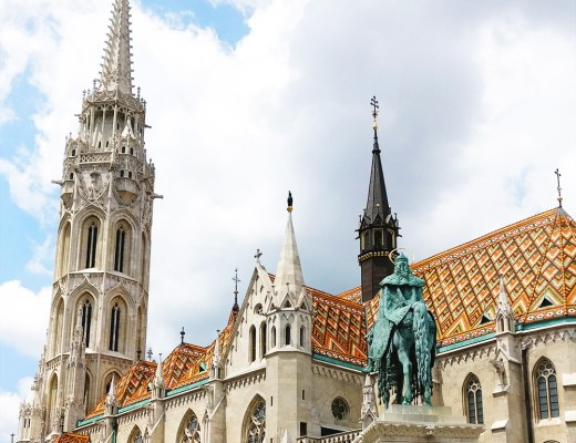 A local's travel guide to Budapest, Hungary - How to get to Budapest? Where to stay? What to do? Where to eat? | Aliz's Wonderland #Budapest #travelguide #Budapestguide