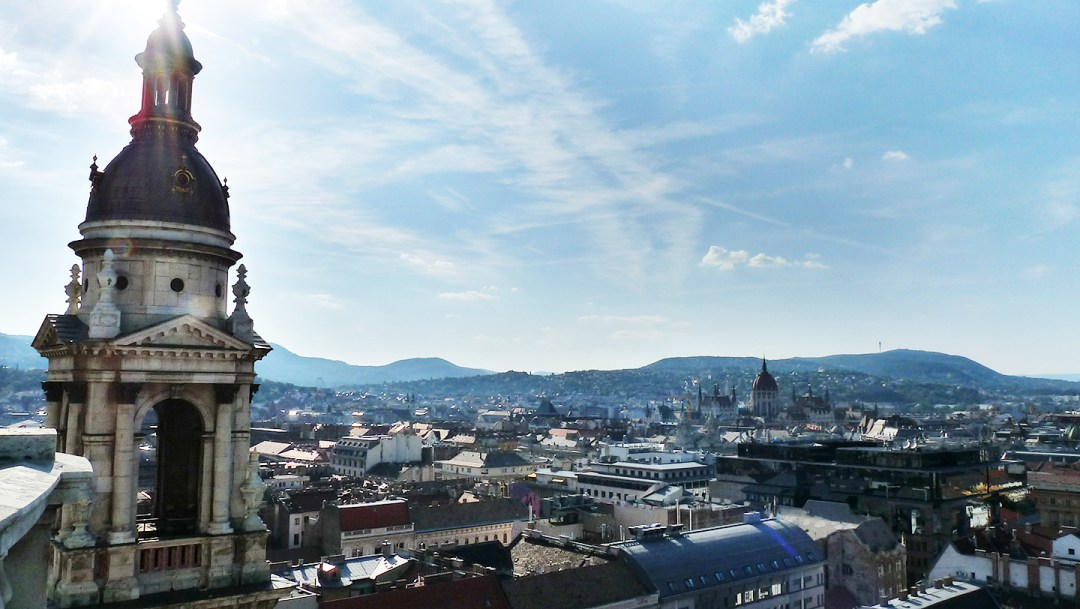 Visit St. Stephen's Basilica and its Panorama Lookout Tower - Budapest bucket list - Top things to do in Budapest   Aliz's Wonderland #travel #Budapest #bucketlist #Budapestbucketlist #printable