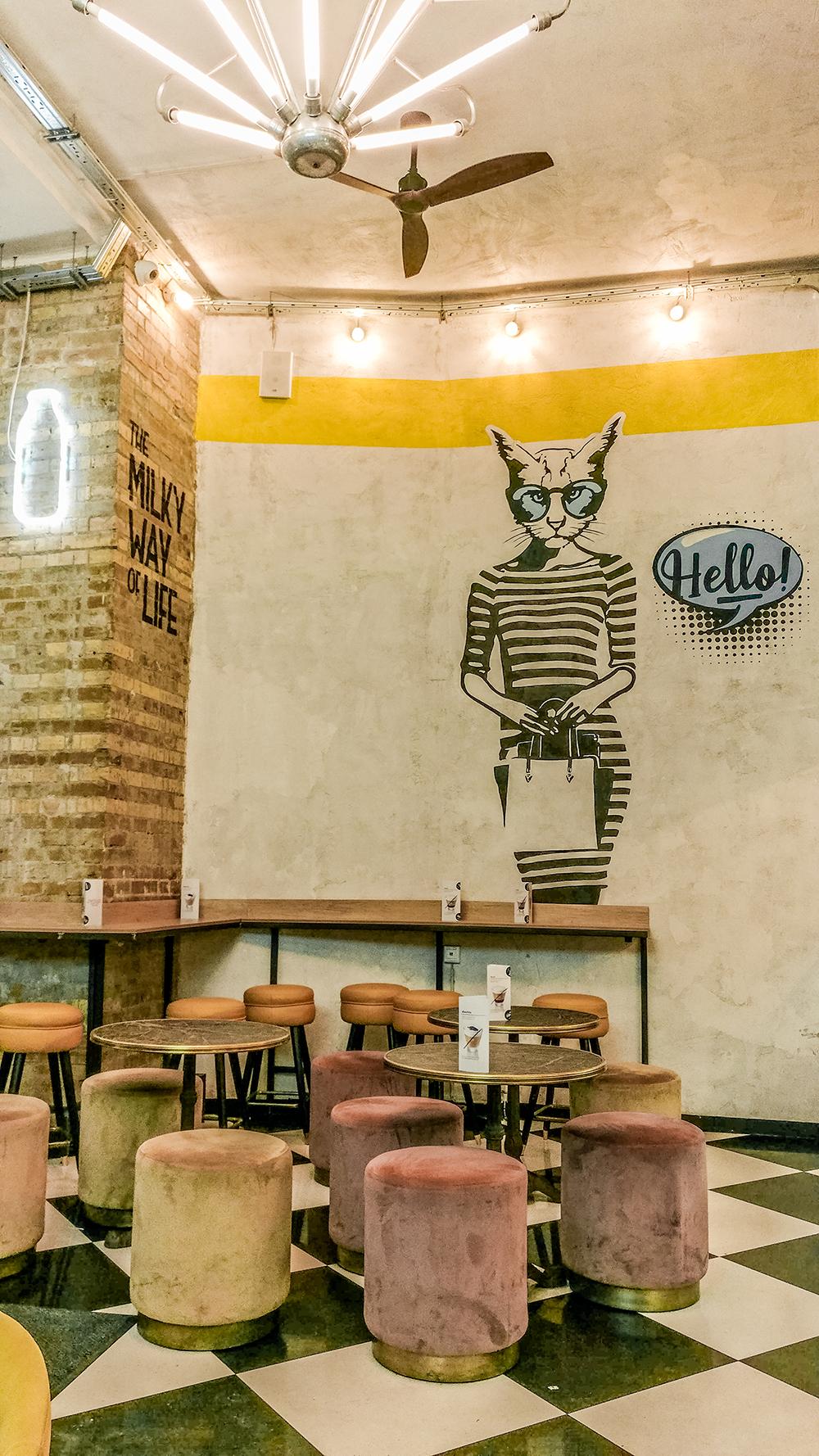Cserpes Tejivó (Cserpes Milk Bar) - Budapest's best breakfast & brunch places in the centre - Deák Ferenc square and Astoria | Aliz's Wonderland