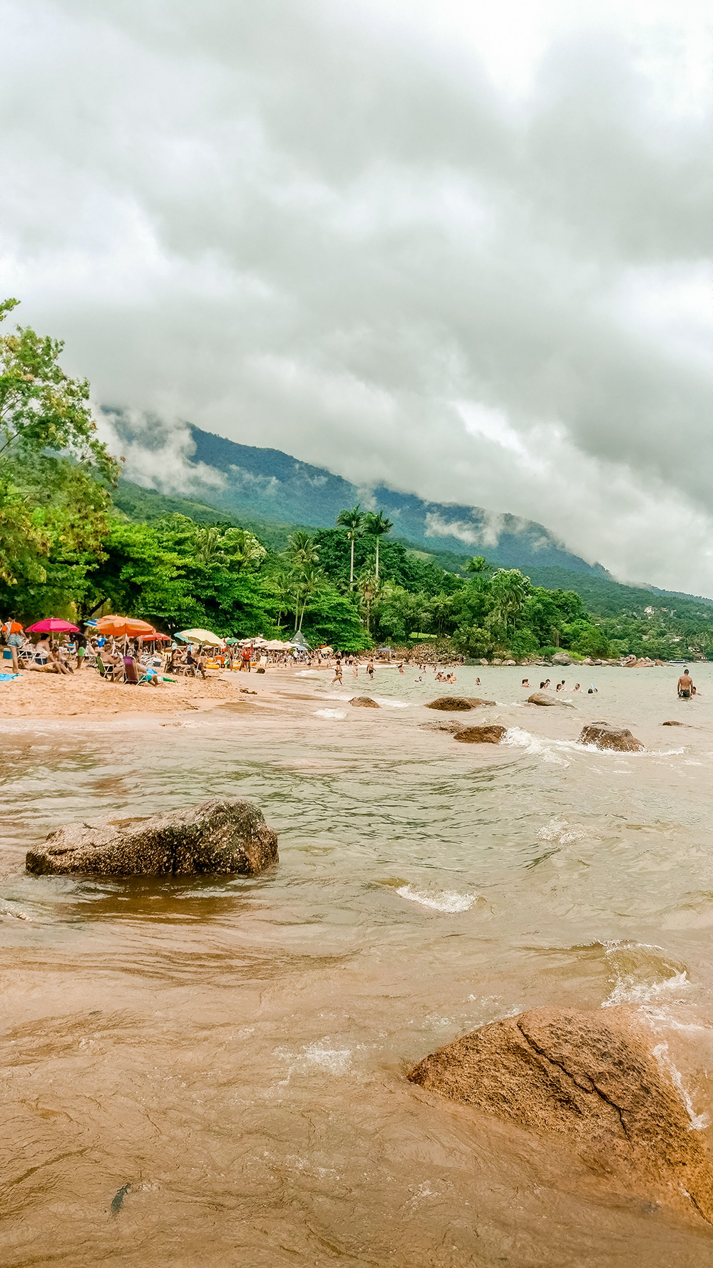 Praia do Julião - Ilhabela travel guide - what to do and where to go | Aliz's Wonderland