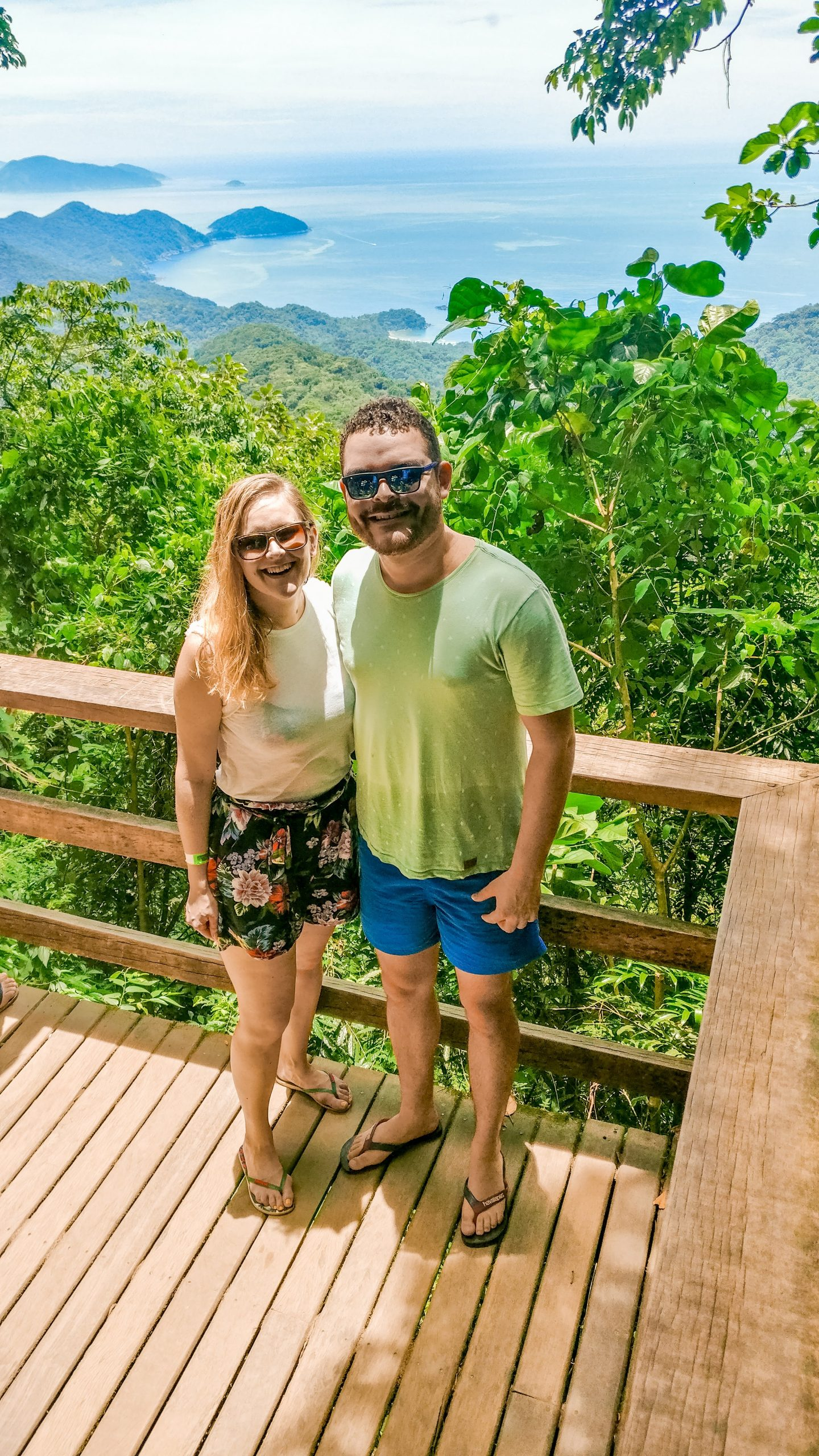 Mirante de Castelhanos, the viewpoint on the way to Praia Castelhanos - How to spend 3 days in Ilhabela, Brazil? | Aliz's Wonderland
