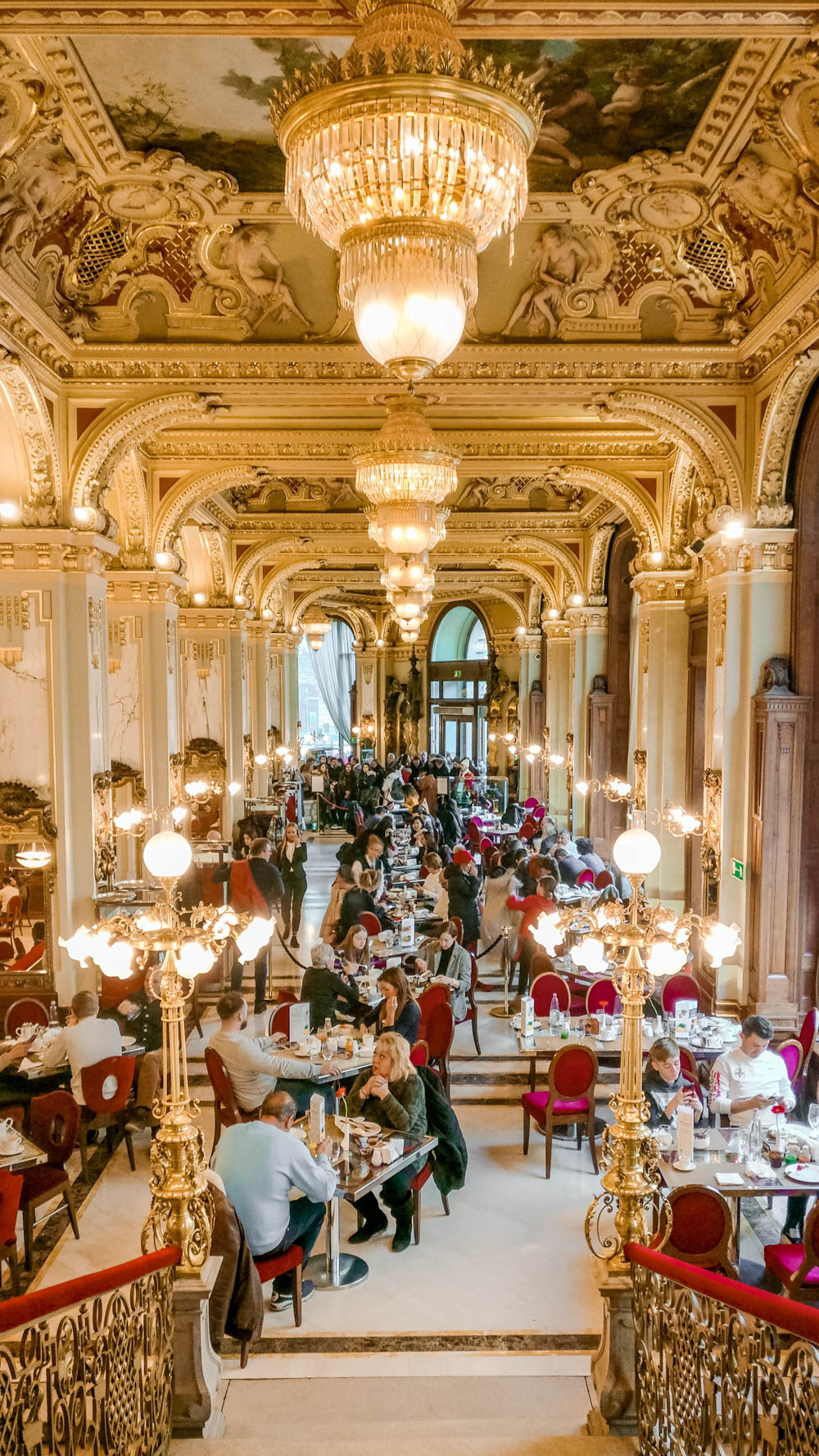 New York Palace Café in Budapest, Hungary - Is it worth visiting? | Aliz's Wonderland