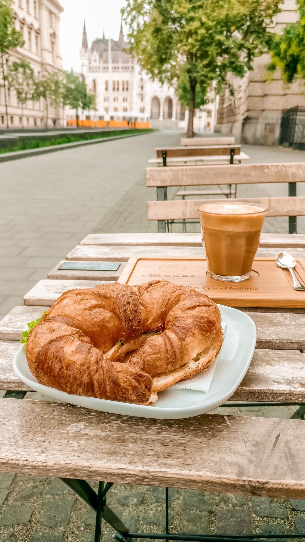 Croissant sandwich at Madal Café - Budapest's best breakfast & brunch places close to the Parliament | Aliz's Wonderland