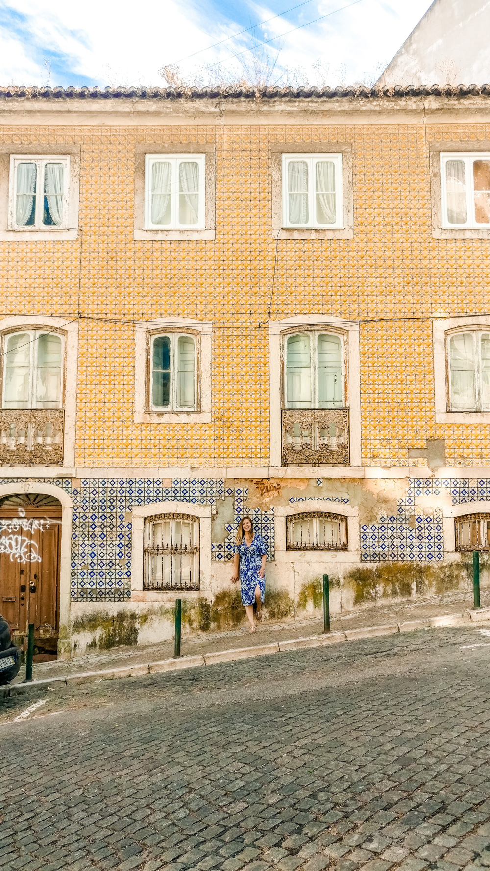 Azulejos in Chiado district - 5 things you need to experience in Lisbon, Portugal   Aliz's Wonderland