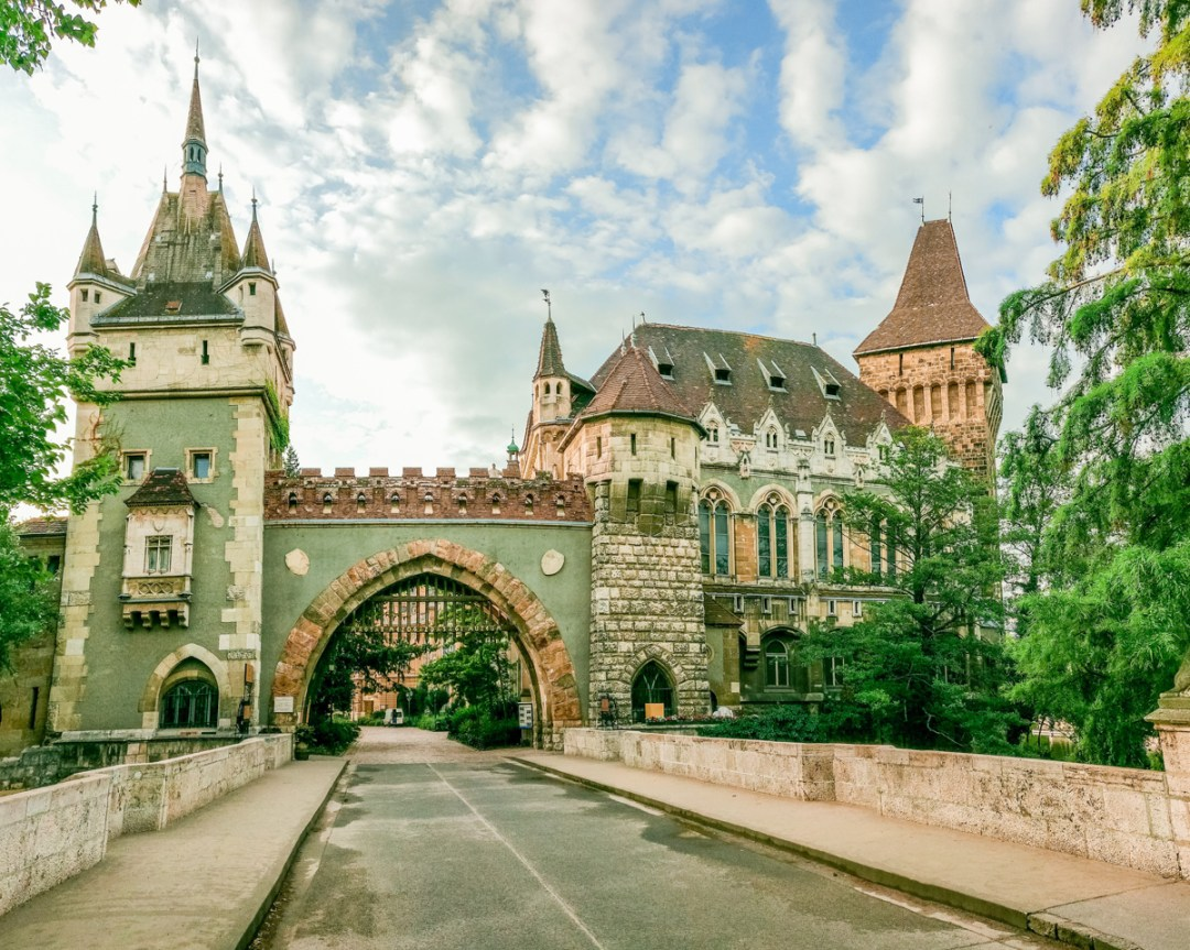 Vajdahunyad Castle - How to explore Budapest in 2 days? - a local's travel guide with prices and map | Aliz's Wonderland