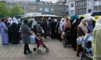 المغاربة يُشكّلون حوالي %3 من سكان بلجيكا .. لكنهم يُعانون الإقصاء