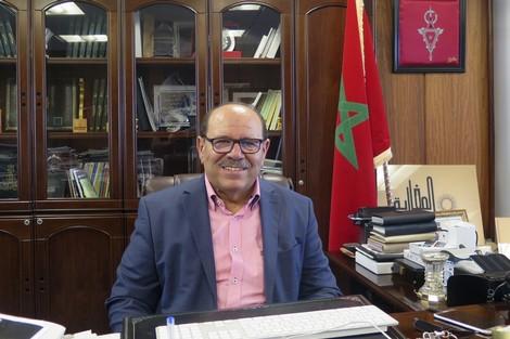 الدكتور عبد الله بوصوف  يلامس اليوم العالمي للمهاجر .. احتفاء بطعم الانكسـار.