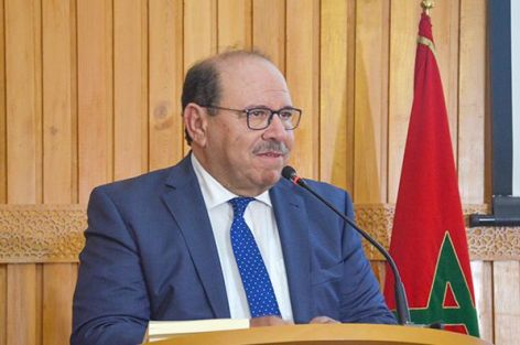 الدكتور عبد الله بوصوف ينتقد التقصير المعرفي في شرح التدين المغربي ويقترح شروط بناء نموذج نظري موجه إلى العالم.