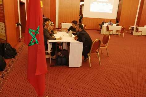 بعد مدينة بروكسيل البلجيكية الشباك المتنقل  يعقد  لقاءا تواصليا مع الجالية المغربية بمدينة انفرس