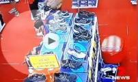 فضيحة في أستراليا: سرقة لاعبي المنتخب التونسي لأحذية رياضية (فيديو)