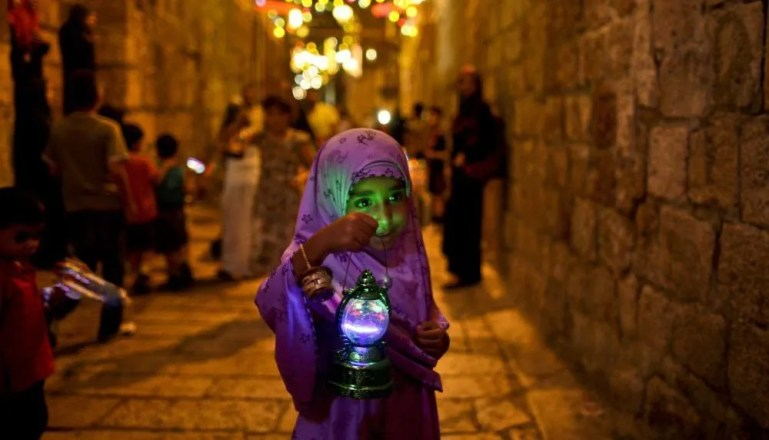 How Does Culture Color Ramadan Around the World!