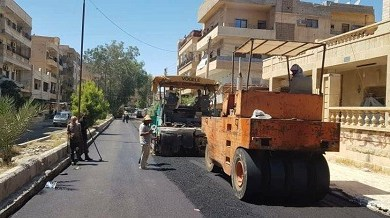 Photo of مجلس مدينة دير الزور: البدء بردم الحفر في الشوارع المتضررة بالقذائف في المدينة