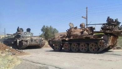 Photo of مسلحو درعا يواصلون تسليم أسلحتهم