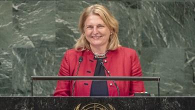 Photo of وزيرة خارجية النمسا تلقي خطابا في الأمم المتحدة باللغة العربية