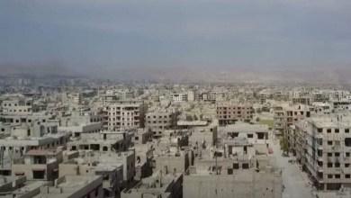 "Photo of أهالي عين ترما بريف دمشق يشتكون انقطاع الكهرباء ""الجائر"".. والمسؤول: ""التحسن مرهون بتوفر موارد الطاقة"""