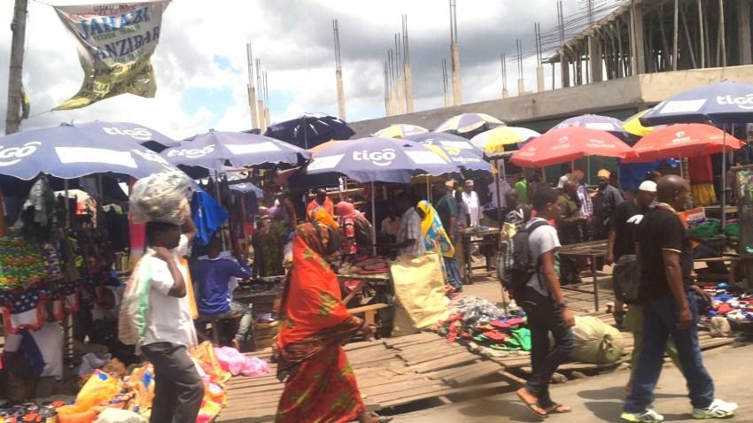 タンザニアのダルエスサラームの街並み