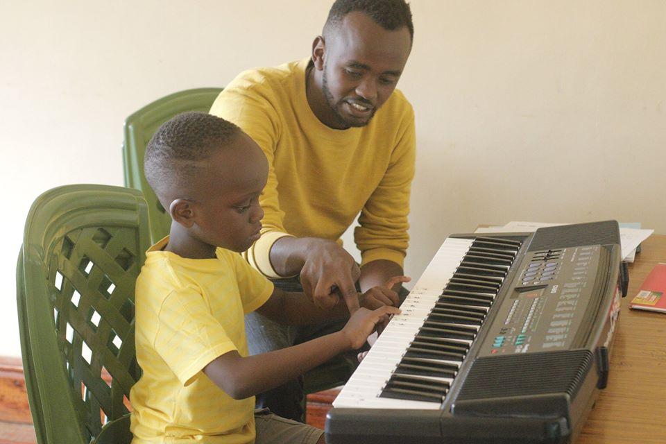 ケニアの音楽学校がオンライン開講!安心の日本人受講生も在籍!