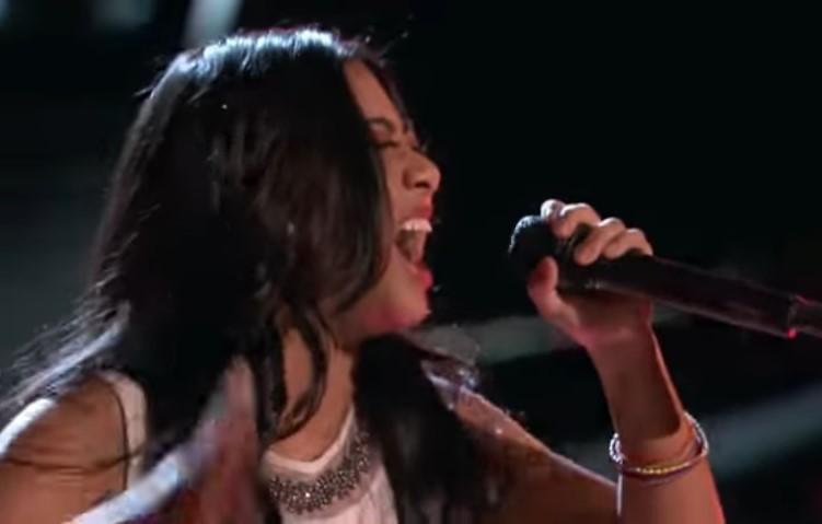 "The Voice 2017 Blind Audition - Anatalia Villaranda: ""Runaway Baby"""