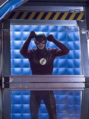 Barry is trapped behind the STAR Labs Prison Walls.