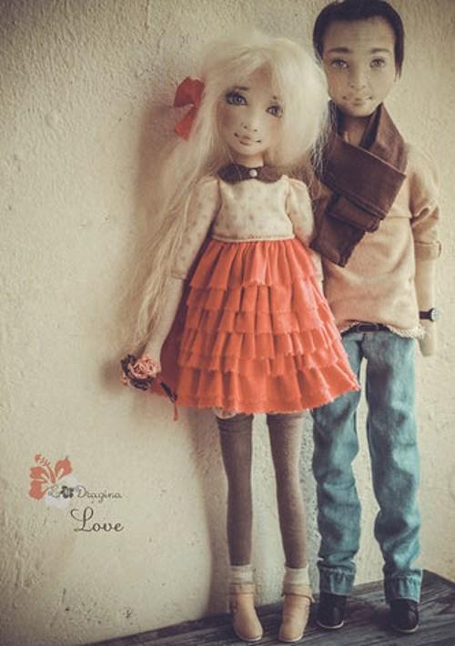 Пара портретных кукол