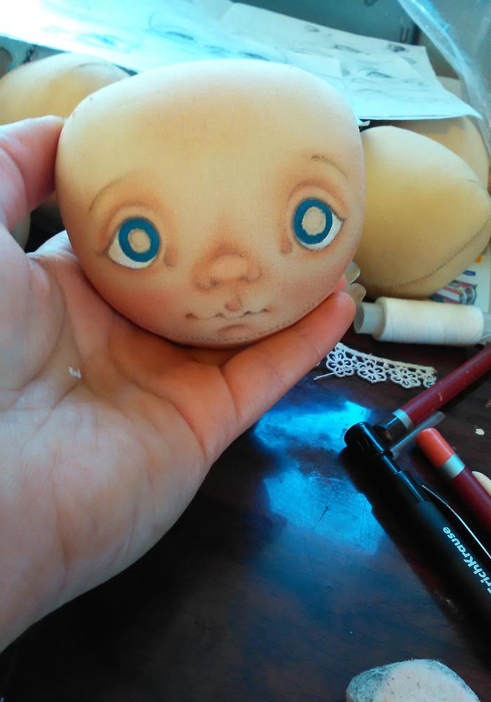 нарисовать глаза кукле