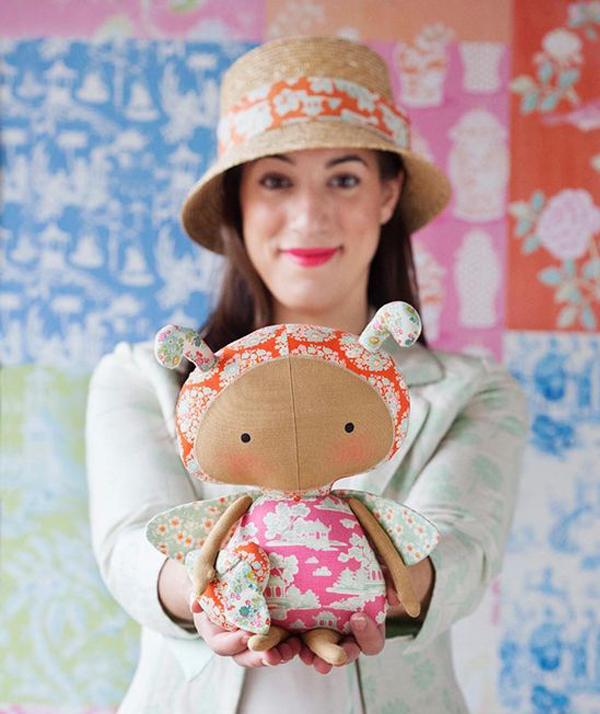 новая красивая кукла тильда Шмель