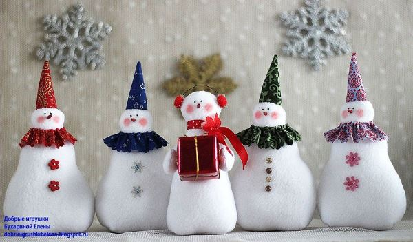 Новогодние снеговички Бухариной Елены